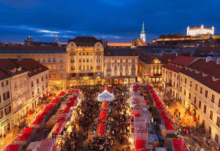 Christmas Markets & Fairytale Castles - Vienna & Slovakia